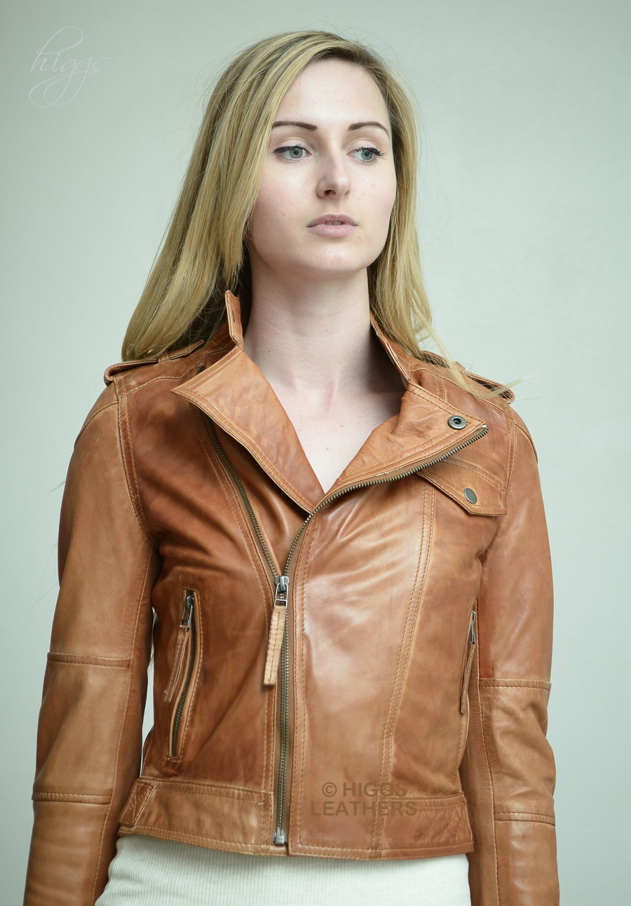 Womens tan brown leather jacket – Modern fashion jacket photo blog
