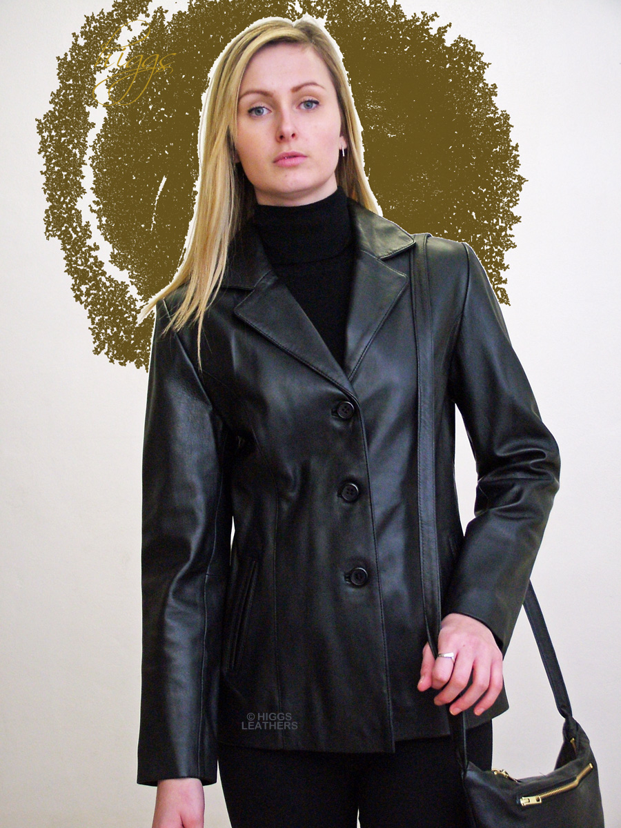 From bomber jackets, to motorcycle styles, studded collars, and colored leather, you'll find a variety of women's leather coats on sofltappreciate.tk Sorted into convenient categories, we feature contemporary, relaxed, and timeless styles that never go out of fashion.