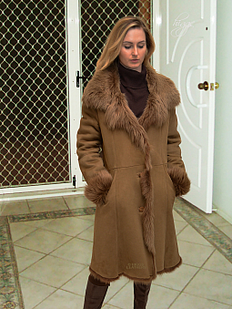 Higgs Leathers {32' to 48' bust}  Demi (7/8th. length women's Toscana Shearling coats)