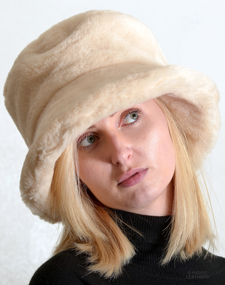 295b233e34e Higgs Leathers  ONE ONLY HALF PRICE!  Wendy (ladies soft brim Faux Fur